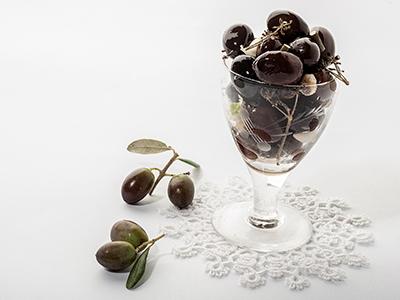 "Seasoned black Olives ""alla Marchigiana"" Bio"